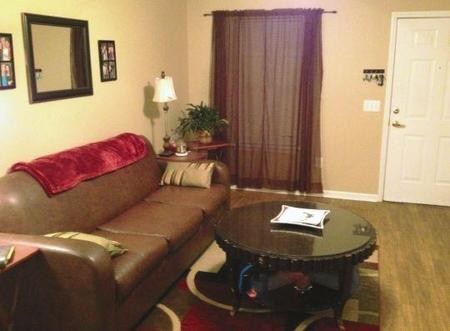 Summer Green Apts Greenville  see pics  AVAIL
