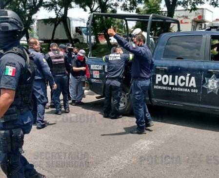ARRESTAN A 5 SUJETOS POR AMENAZAS A POLICÍAS MUJERES DE TRÁNSITO EN NAUCALPAN