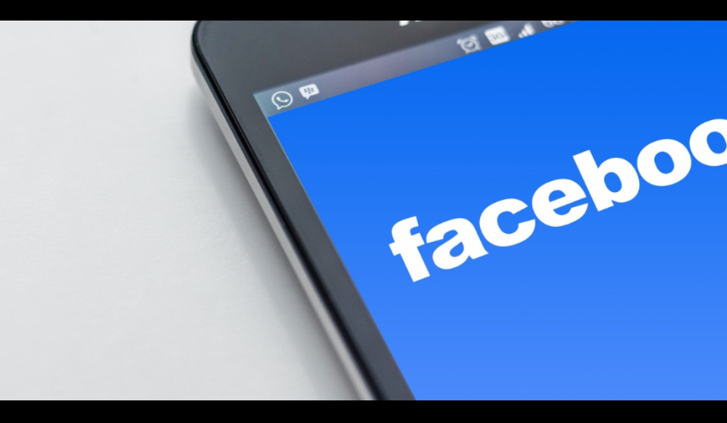 FACEBOOK CREA RED SOCIAL PARA UNIVERSIDADES
