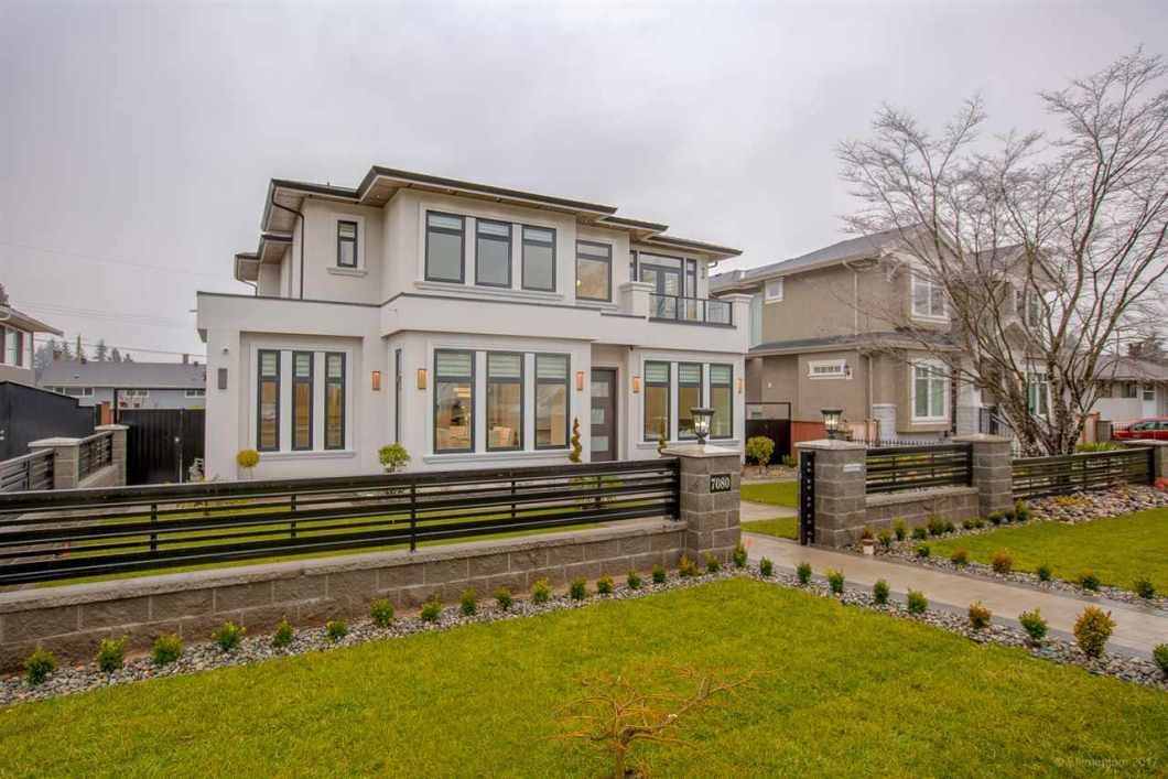 Beautifully constructed home in Burnaby's sought-after Montecito neighbourhood. Best materials and workmanship throughout. Main floor features L/R with linear gas F/P, dining room with stunning ceiling detail & a glass framed staircase. Main kitchen is fully-equipped with Jenn Air appliances, large island with waterfall countertops, wok kitchen, and mudroom with tons of cabinetry! Huge F/R with built-in cabinetry and gorgeous engineered hardwood. French doors lead onto a fully covered deck, backyard with full-size palm trees, electric gate and detached garage! Master features Metrotown views, ensuite with double vanity, free standing tub and an oversized glass steam shower with body jets.Basement is fully equipped with media room, wet bar and legal 2 bed suite!