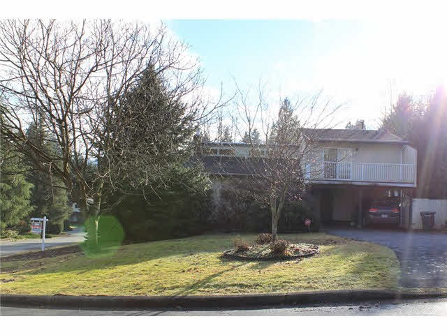 PRIME GOVERNMENT RD AREA CORNER LOT LOCATED ON A MATURE & QUIET CUL-DE-SAC perfectly situated & over 10,000 SF (73x138') w/south facing backyard & east facing corner. Charming well maintained 3 bdrm/3 bathrm 3 level split home partially updated w/oak hardwood in living & dining room, gas F/P in living rm, vaulted ceilings allowing lots of natural light, large kitchen w/updated appliances connecting to family rm w/gas F/P & sliders to backyard. 2 bdrms up & a spacious master w/updated 3 pc ensuite. 600 Sf 6' crawl space. Hold or build your DREAM HOME now! Walking distance to Seaforth Elementary, BBy Mtn Secondary & SFU. Roof & upstairs floor; 4 years, gas furnace 1 year. Upstairs window 1 year. Lots of upgrades.
