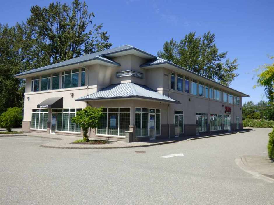Exceptional exposure in a premier professional office building. Build to suit options from 800-5300 sq. ft. Ideal for lawyers, accountants, doctors, dentists, medical service practitioners & related services. Onsite parking (32 spaces) Quality professional space in a sought after location. Call for your personal tour.