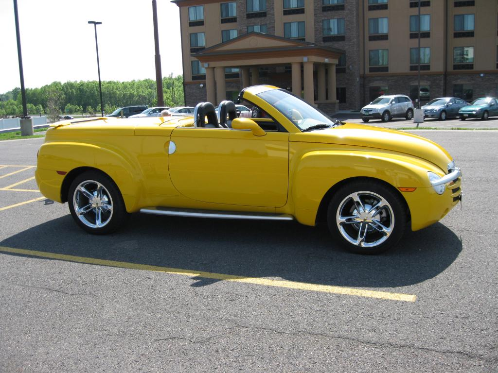 hight resolution of 2003 chevrolet ssr convertible pickup for sale hotrodhotline