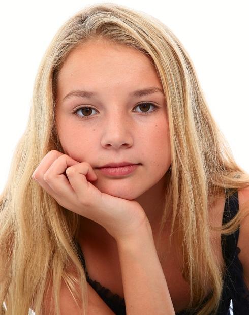 Siena Blair Divisionteens Girls Height67 Age17 Weight100lbs Size14 Chest30 In Hip30 In Inseam Shoe10 Hairblonde Eyesbrown