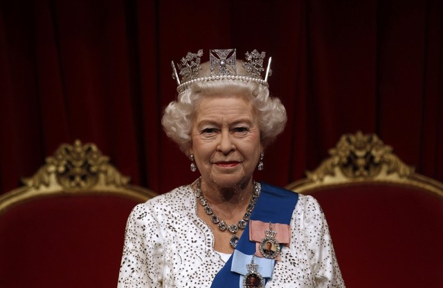 King Falls Am Wallpaper Queen Elizabeth Ii Biography Timeline Timetoast Timelines