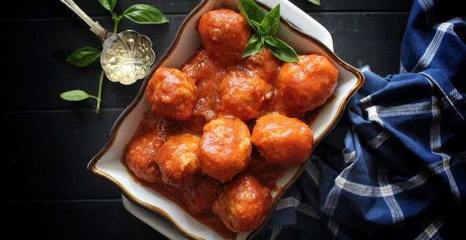 Sweet & Sour Cranberry Meatballs