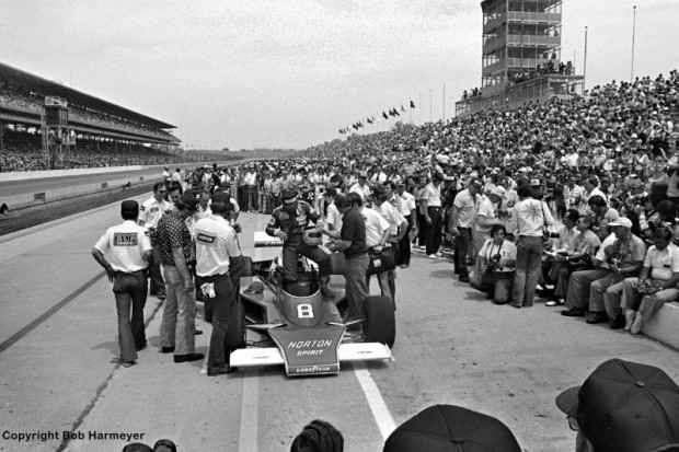Typical for the Speedway during that era, a massive crowd turned out for pole qualifying in 1977 when Tom Sneva became the first driver to officially crack the 200 mph barrier.