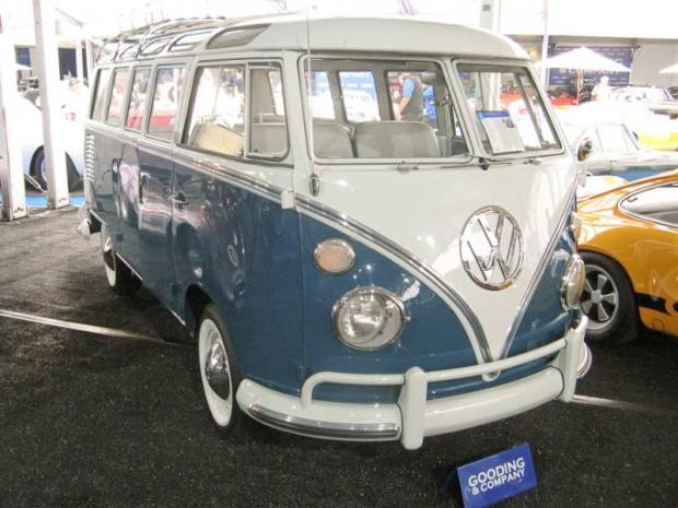 1967 Volkswagen Type 2 Deluxe Microbus 21-Window