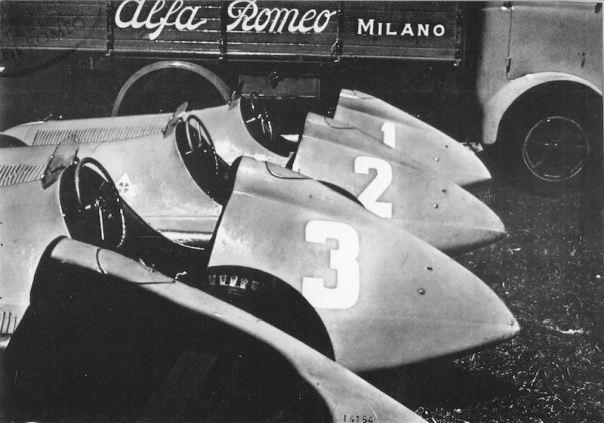 Farina, Fagioli and Parnell's Alfa Romeo 158