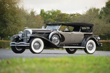 1930 Duesenberg Model J Sweep Panel Dual-Cowl Phaeton by LeBaron (photo: Darin Schnabel)