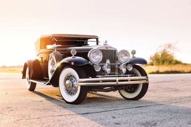 1931 Stutz DV-32 Convertible Victoria by Rollston (photo: Theo Civitello)