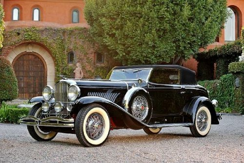 <strong>1933 Duesenberg Model J Torpedo Victoria Convertible – Estimate $1,200,000 - $1,600,000.</strong> Chassis 2535, engine J-384 was first owned by cinema cowboy William Boyd a.k.a. Hopalong Cassidy. Offered without reserve.