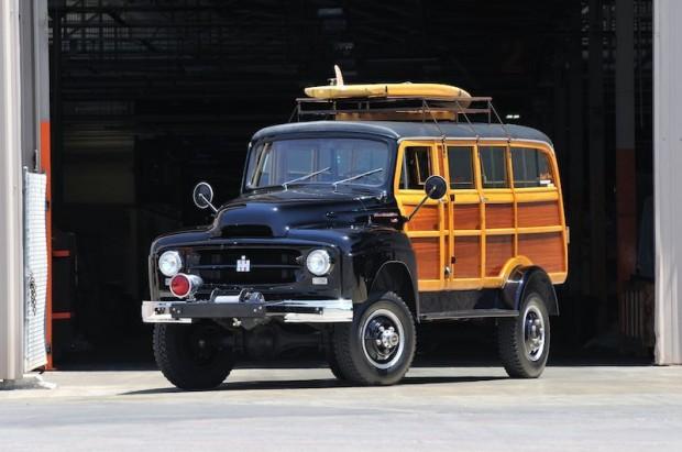 1954 International Harvester R140 Woody