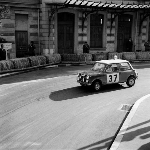 Paddy Hopkirk and Henry Liddon in the Mini Cooper at the Rallye Monte Carlo 1964