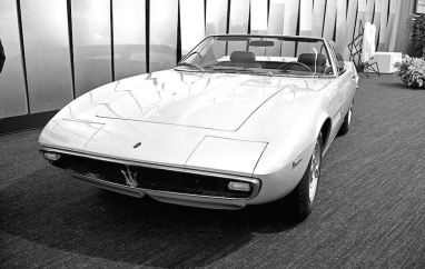 Chassis 1001 on the Ghia display at the 1968 Turin Auto Show (photo: GPL Collection)