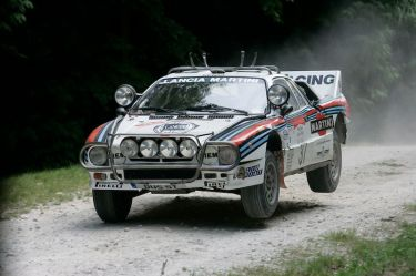 1983 MARTINI Racing Lancia 037 on the Forest Rally Stage