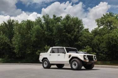 1988 Lamborghini LM002 (photo: Jeff Creech)