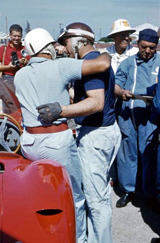 Fangio and Moss were friends and showed great affection for each other.
