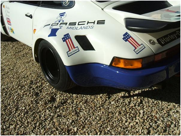 Porsche 911 RSR 3.0 Left Rear Photo