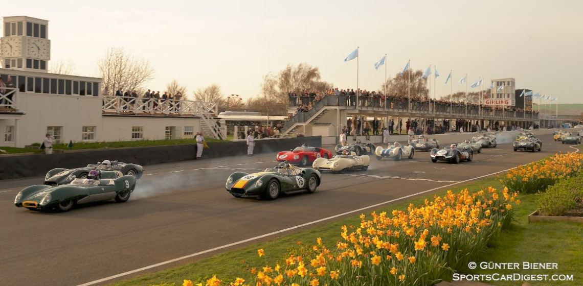 Start of the Salvadori Cup at the 2014 Goodwood Members' Meeting
