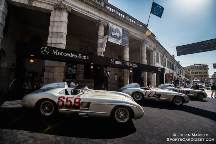 Trifecta - 1955 Mercedes-Benz 300 SLR presentation