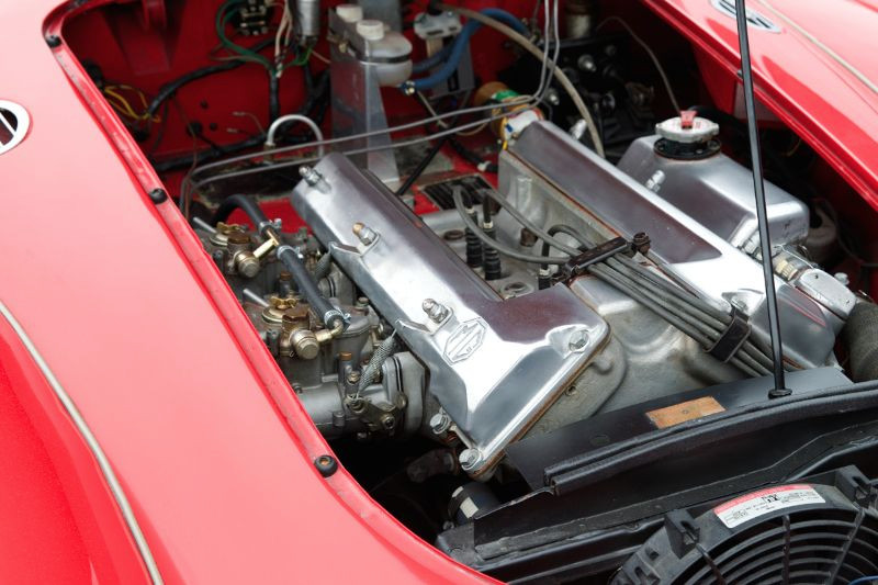 DOHC MG engine with Webbers. Jim Weissenborn's street MGA.