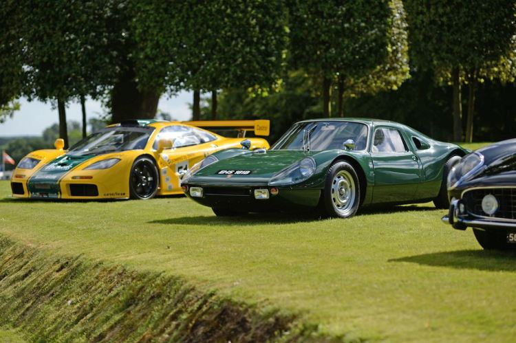 1995 McLaren F1 GTR and 1964 Porsche 904 GTS (photo: Rufus Owen)