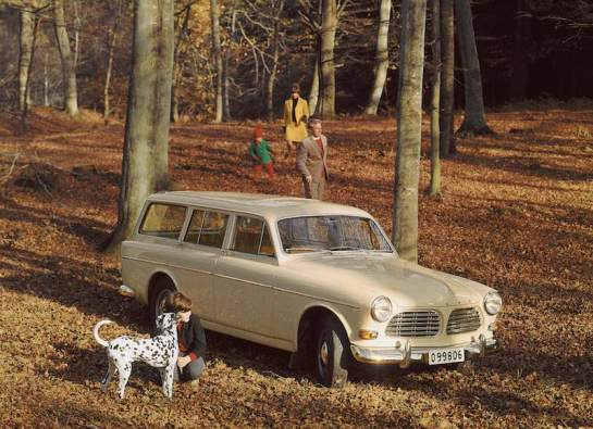 The estate version, the P220, was introduced in 1962 and carried on until 1969. It helped to establish Volvo's reputation as a strong manufacturer of versatile and comfortable estate cars.