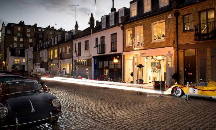 Fiskens storefront in Queens Gate Place Mews