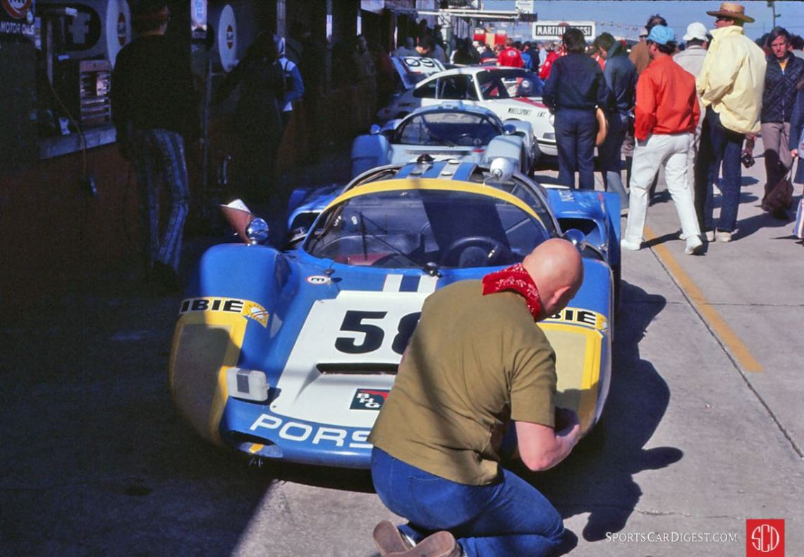 The Porsche 906 of Mike Rahal, Werner Frank and Hugh Wise (Photo: Gene Bussian)