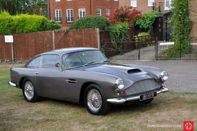 Aston Martin DB4 Series II (1960) A