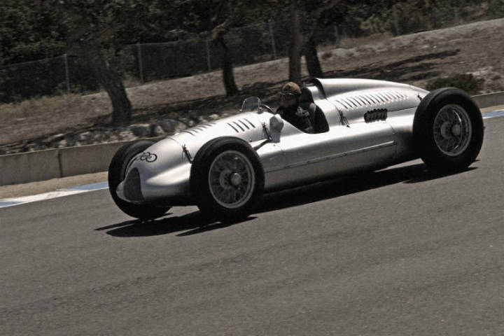 1939 Auto Union D-Type - Alain DeCadanet