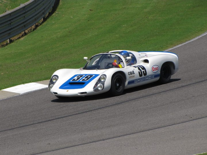 Porsche 910 - Howard Cherry