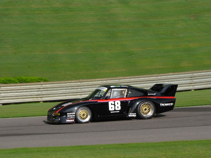 Porsche 935 - Lloyd Hawkins