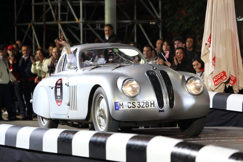 Overall winners, Giuliano Cane and Lucia Galliani - 1939 BMW 328 Mille Miglia Coupe