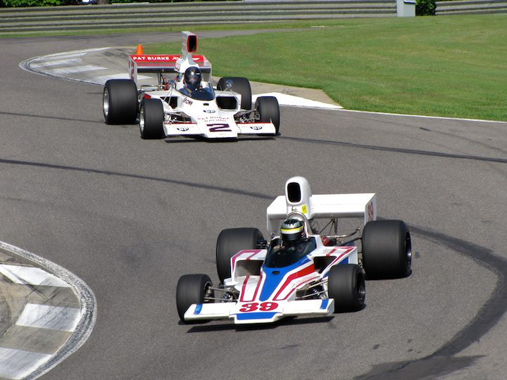 Lola T332 F5000 - Tom Malloy and Lola T332 F5000 - Dudley Cunningham