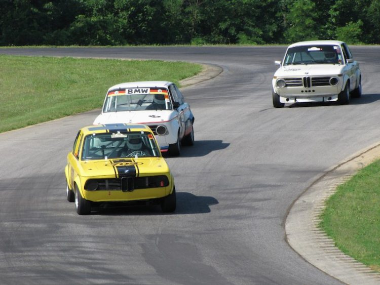 Gaggle of BMW 2002s