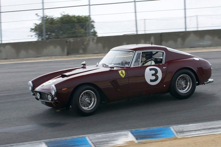 Nick Colonna sets up his Ferrari 250 GT SWB for turn 8.
