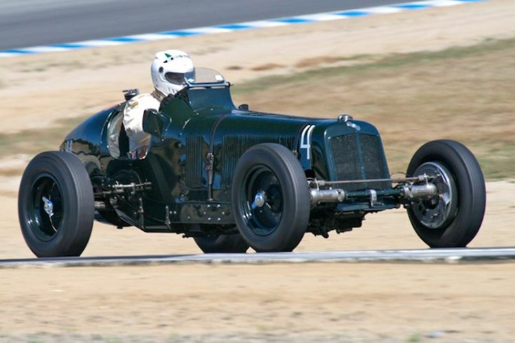 1934 ERA R2A driven by Mark Gilles and Paddins Dowling