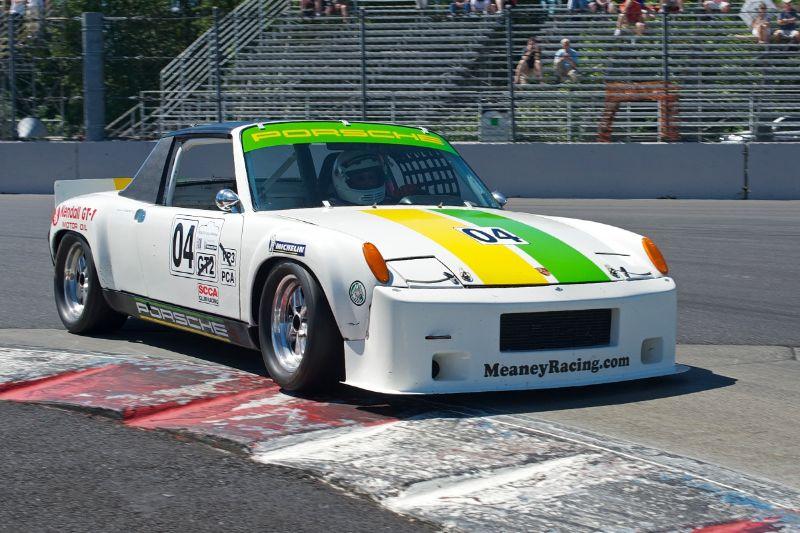 1970 Porsche 914-6 driven by Scott Taylor.