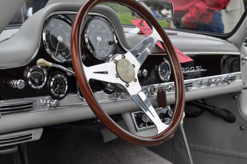 Custom Gullwing interior