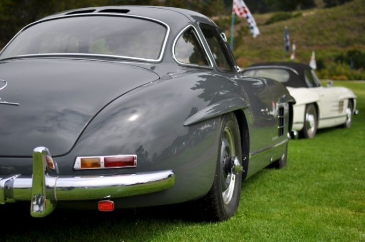 Mercedes-Benz 300SL Gullwing and Roadster