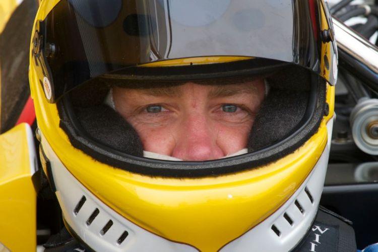 Scott Emerson, Lola T212.
