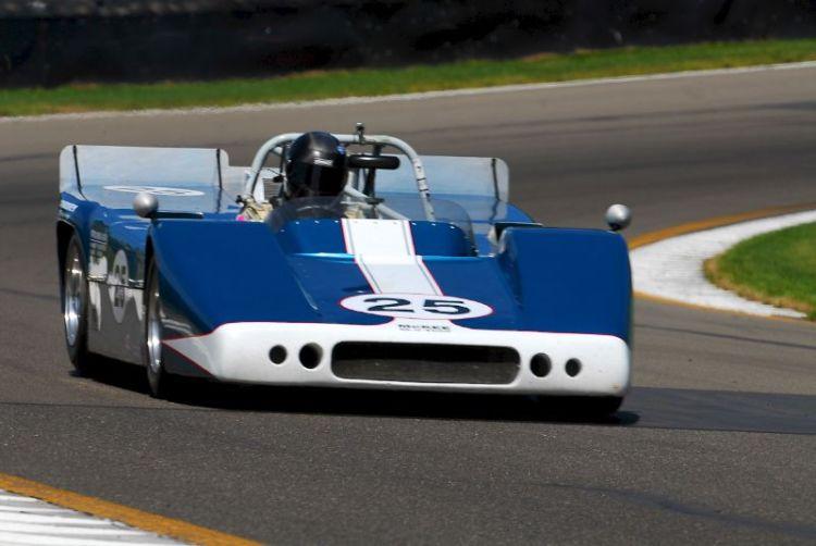 1967 McKee Mk10- Norm/Terry Cowdrey.