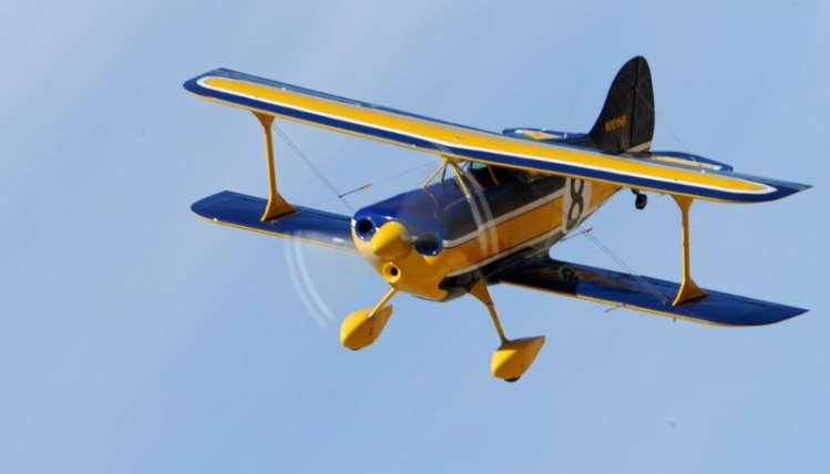 Biplane. Pitts S-1. Casey Erickson.