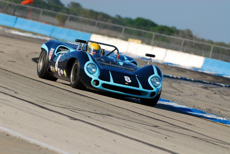 Lola T70 MkIII - Byron DeFoor.