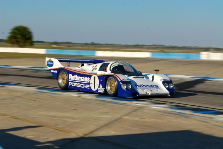 Porsche 962 on it's way to 4th in the Sprint Race.