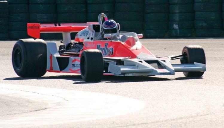 McLaren F-1
