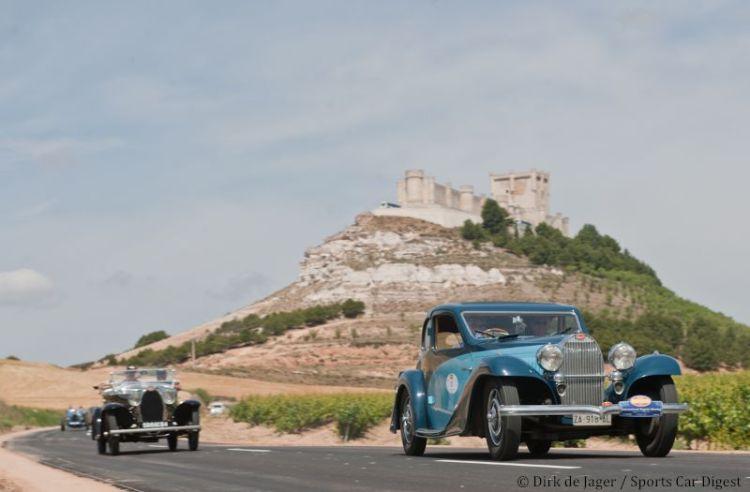 1934-bugatti-t57-ventoux-sn-57155-in-front-of-castle-penafiel