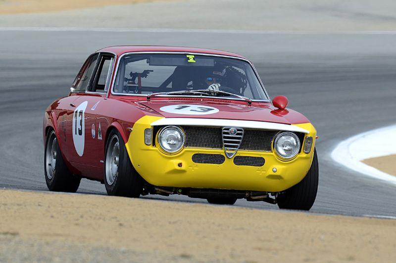 Alfa Romeo GTA driven by Henry Davis.